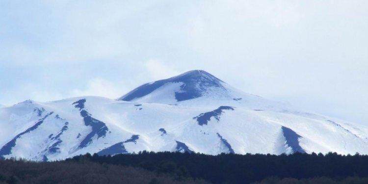 009 gnuckx Etna-Volcano-Sicilia-Italy-castielli_CC0