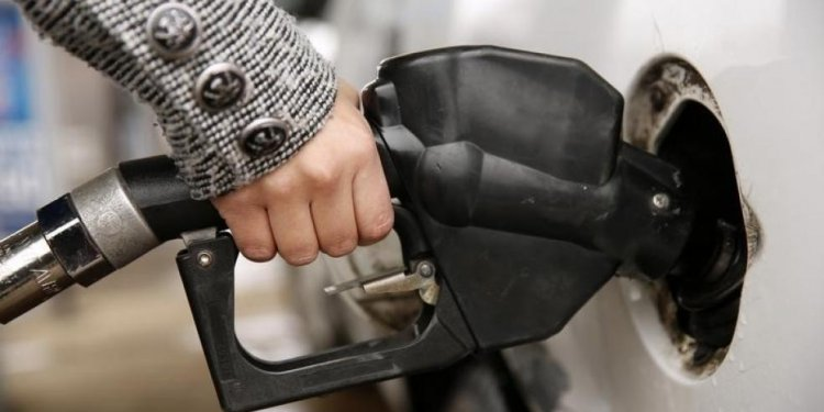 5 Ways Low Oil Prices Are