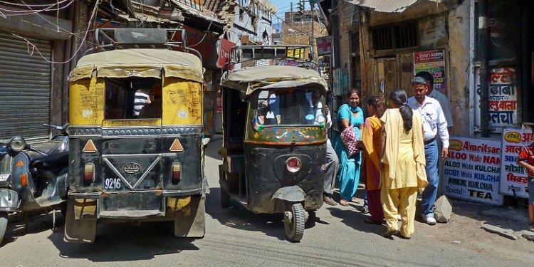 India - Punjab - Amritsar - Streetlife - Auto Rickshaw - 216